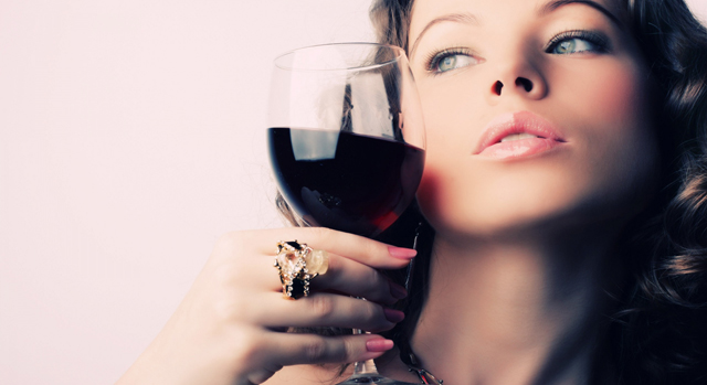 beautifull_girl_wine