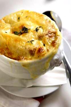 Френска супа с лук