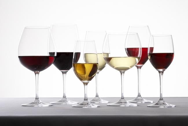 Как да изберем подходяща чаша за вино. Винарска изба Румелия